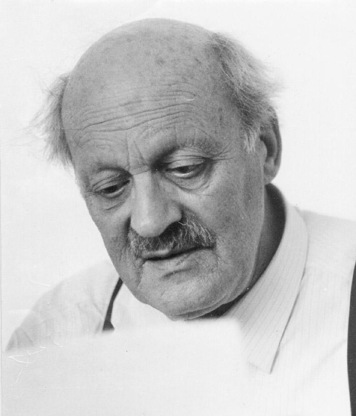 Gerhard Holzinger: Portraitaufnahme Franz J. Esser, um 1963; Franz J. Esser-Archiv, Ingelheim.